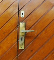 detalle-porteria-23-puerta