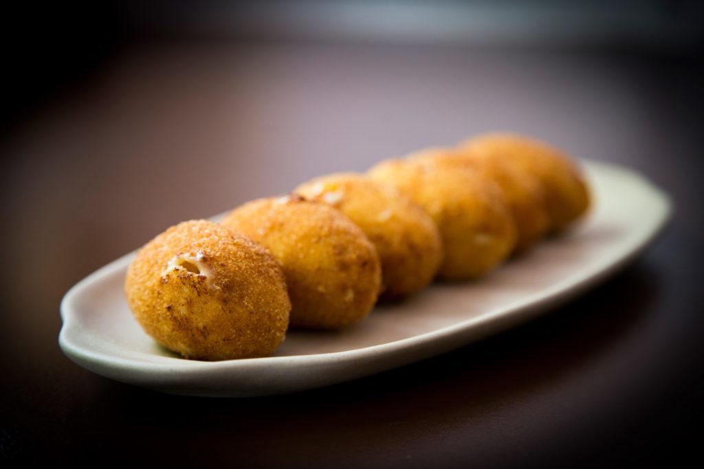 Croquetas, foto gastronomica