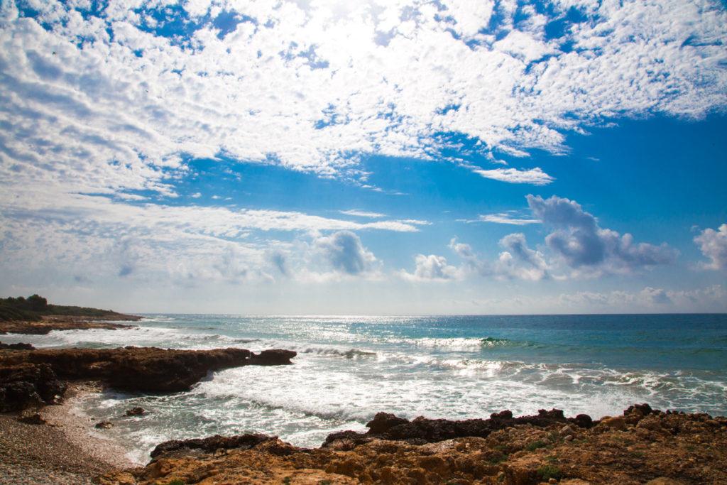Esos dias de playa, mar, rocas, furgoneteo