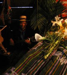 inhumacion guatemala musicos