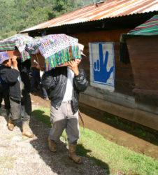 inhumacion guatemala desfile