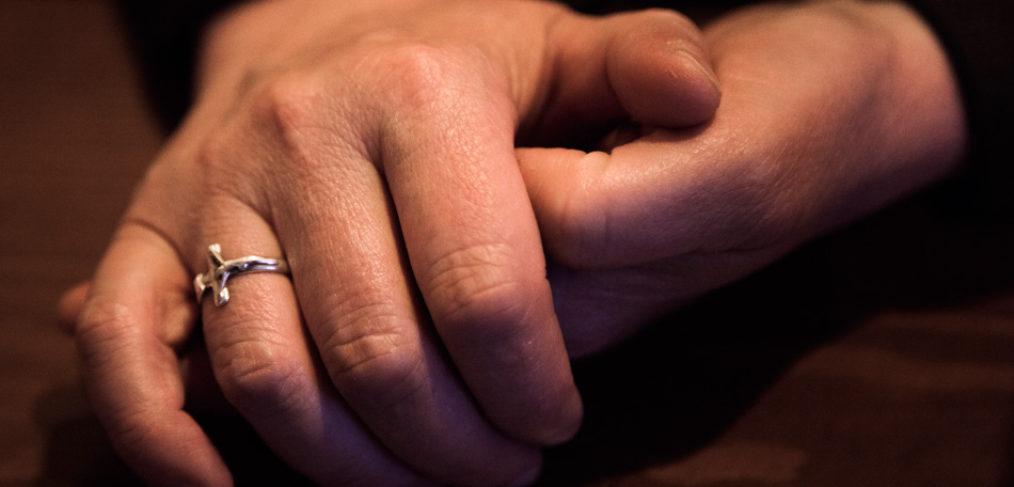 Monjas de clausura Clarisas Valdemoro manos anillo